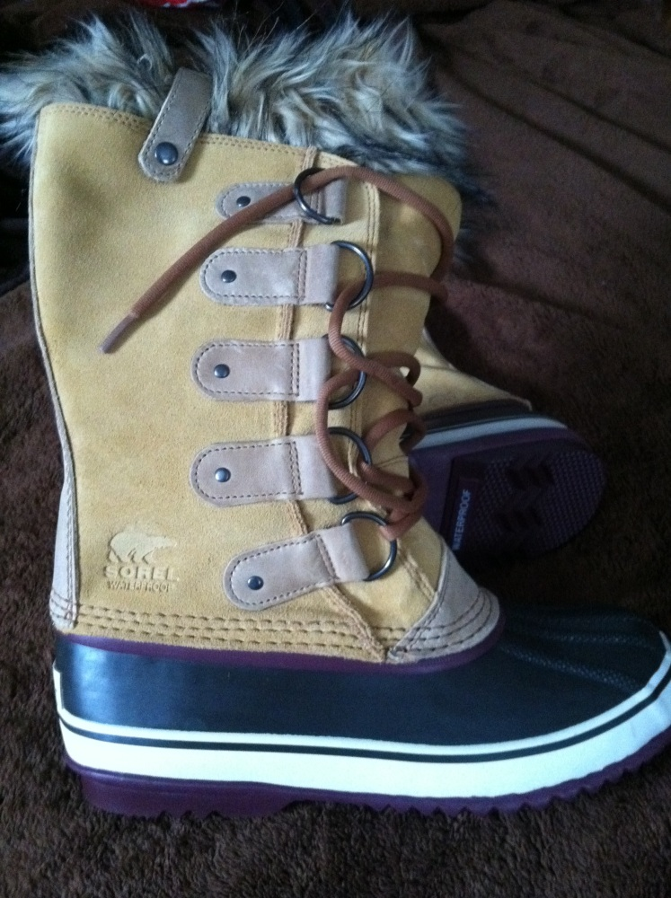 Review: Sorel Women's Joan of Arctic Boots (1/3)